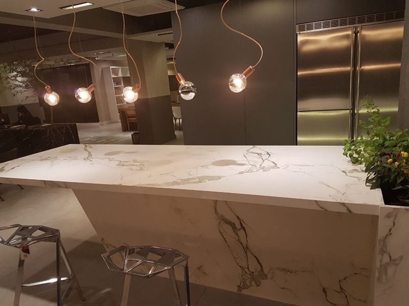 Projetos de Cozinha desenvolvidos com mármores e granitos vendidos pela GraniHouse